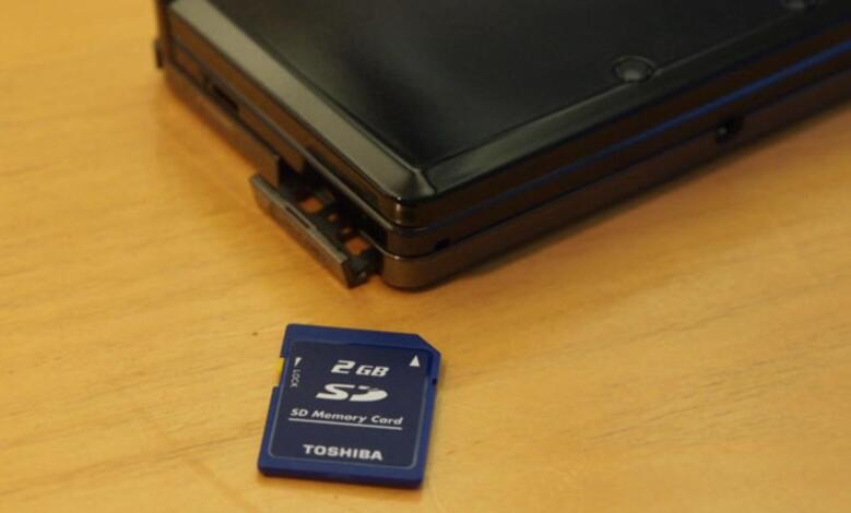 طريقة نقل التطبيقات والالعاب الي الذاكره الخارجيه SD CARD 1