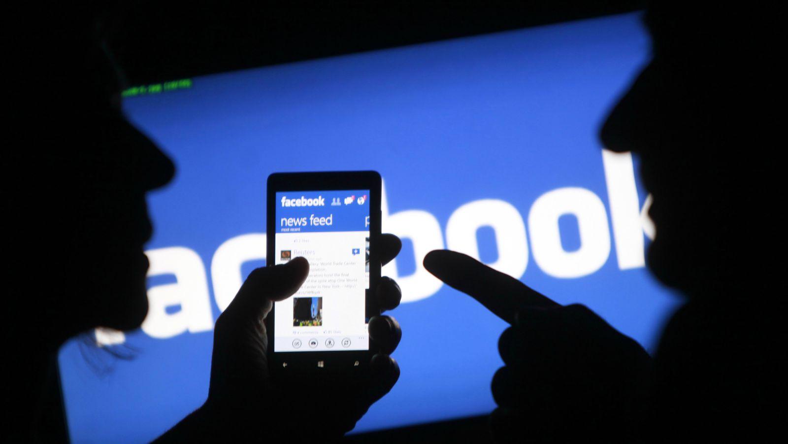 كيفيه تحميل نسخه من بيانات حسابك على الفيسبوك 3