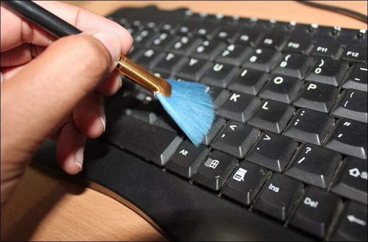 افضل طريقة لتنظيف جهازك الكمبيوتر بخطوات بسيطه وفعاله