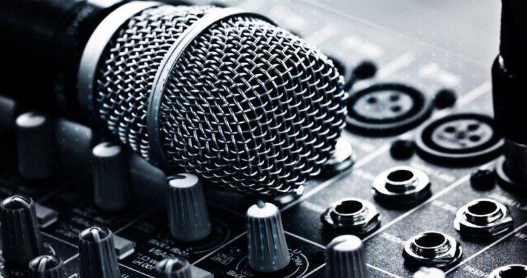 Photo of افضل 4 مواقع لتحميل الموسيقي بدون حقوق ملكيه