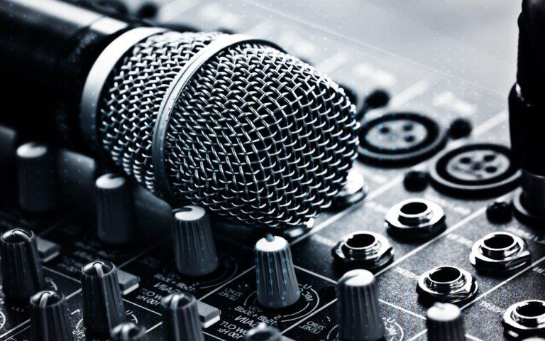 افضل 4 مواقع لتحميل الموسيقي بدون حقوق ملكيه