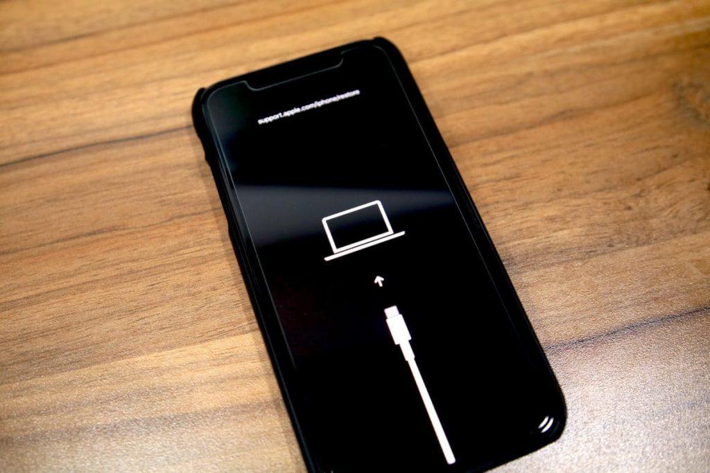 اعادة تشغيل الايفون في وضع الريكفري