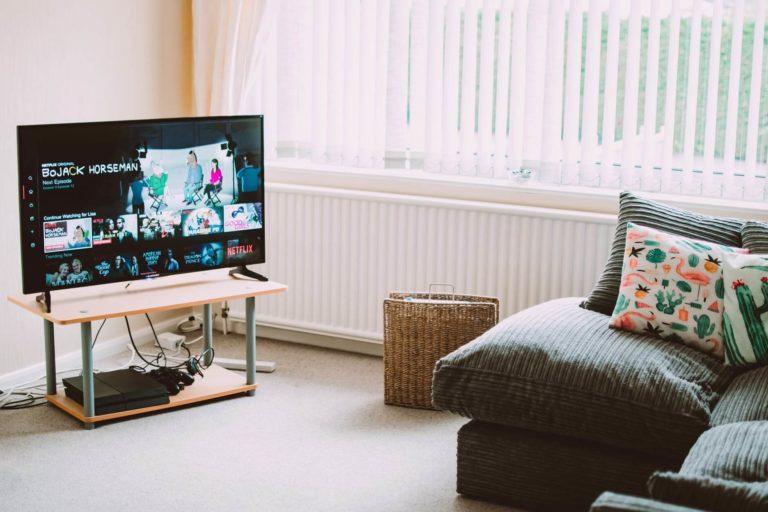 عرض شاشة الاندرويد على التلفزيون