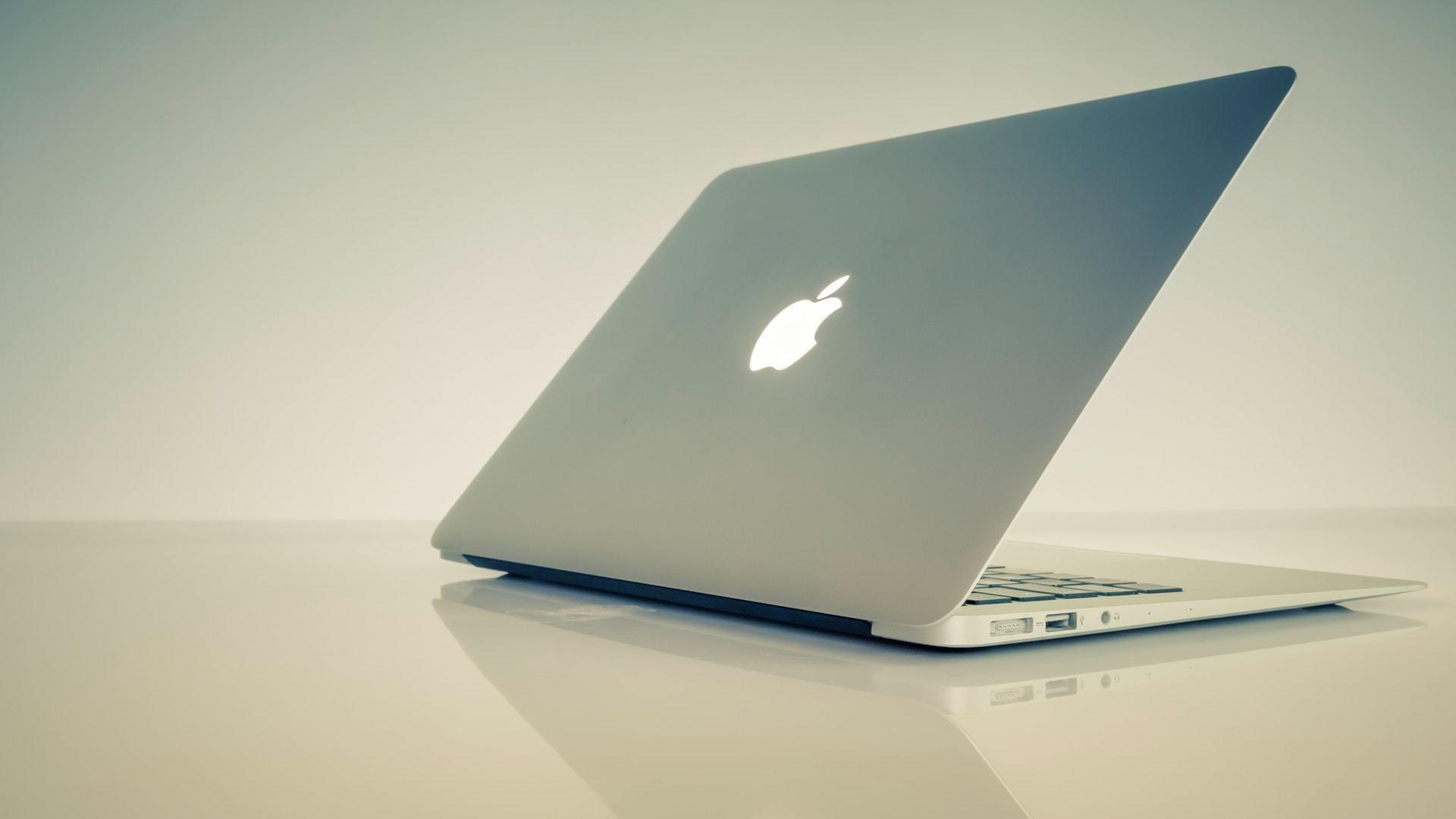 حل مشكلة كمبيوتر الماك لا يعمل Mac Not Starting Up 1