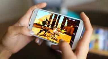أفضل ألعاب أوفلاين للايفون للعب دون اتصال بالإنترنت