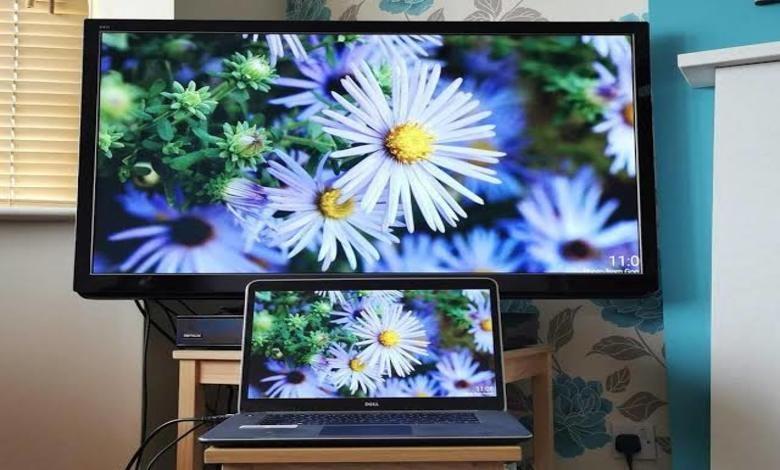 ٣ من أهم طرق تشغيل اللابتوب على التلفزيون 1